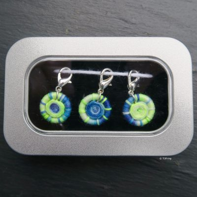 Dorset Button Stitch Markers – Lobster Claw – Blue, Turquoise, & Neon Green